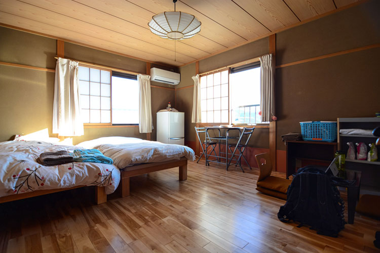 Traditional style room with cedar woodwork at a house for shared living in Kyoto.